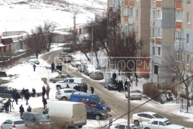 Лифт оборвался в жилом доме Симферополя: погибла мать с младенцем