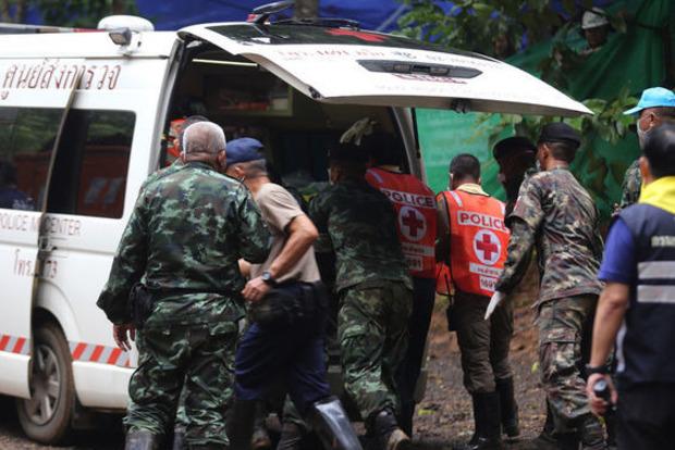 В Таиланде начался последний этап операции по спасению детей из пещеры