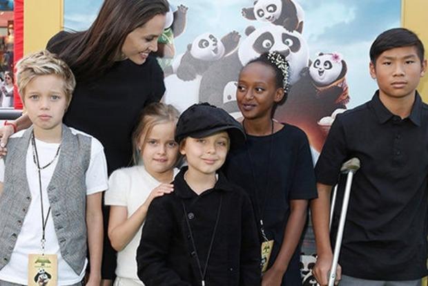 Анджелина Джоли собралась купить особняк за $25 млн