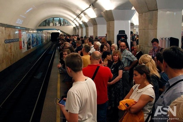 Карточка киевлянина: с1декабря метро меняет подход кльготникам