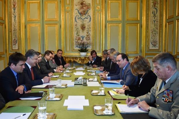 Перед введением безвизового режима в Украину отправят французского министра