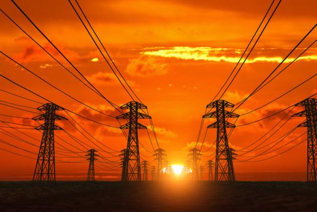 Все выше и выше: НКРЕКУ подняла тариф на электричество для облэнерго