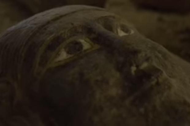 В Египте обнаружили уникальные саркофаги, до которых не добрались расхитители гробниц
