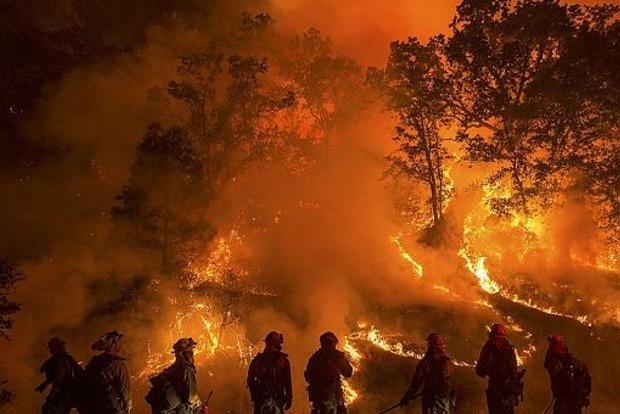 В Калифорнии бушует масштабный пожар