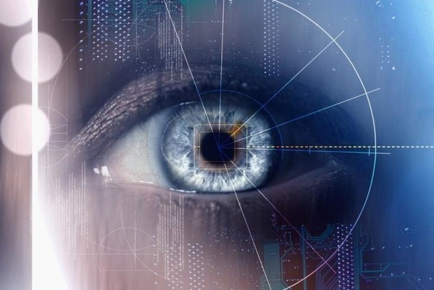 В РФ клиентов банков будут идентифицировать по сетчатке глаза