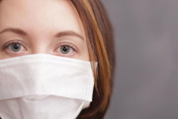 Главный санврач Украины рассказал, сколько еще нам придется носить маски