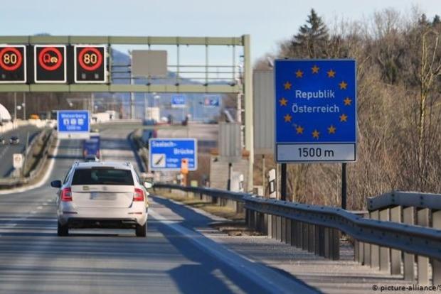 Германия открыла свои границы со всеми соседями, кроме Австрии