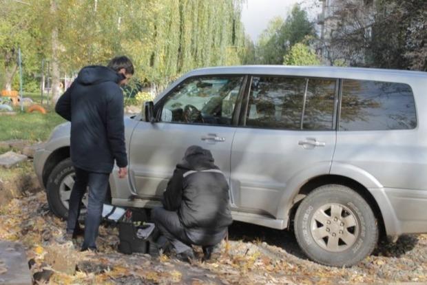 В Ужгороде заминировали автомобиль прокурора