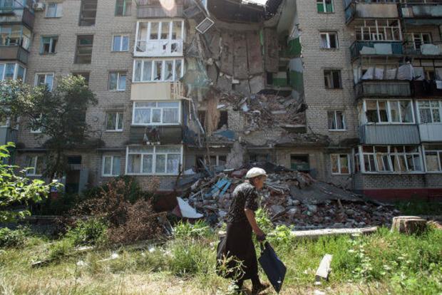 Боевики ДНР обстреляли больницу в Красногоровке