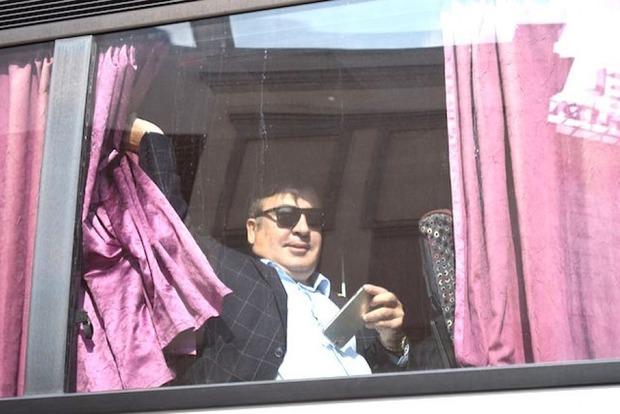 Лишенный гражданства Саакашвили прорвался на территорию Украины