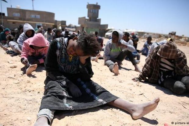Ливия отказалась принимать беженцев из ЕС