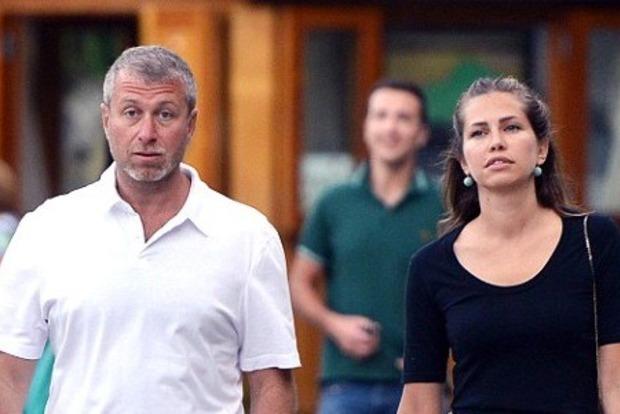 Абрамович развелся с женой из-за разногласий по поводу острова