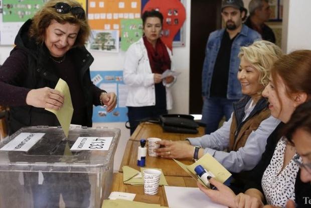 ОБСЕ назвала референдум в Турции не соответствующим стандартам