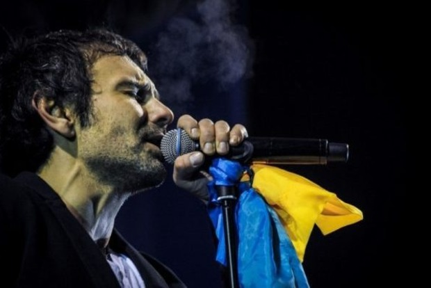 На Западе в новой песне Вакарчука увидели намек на президентство