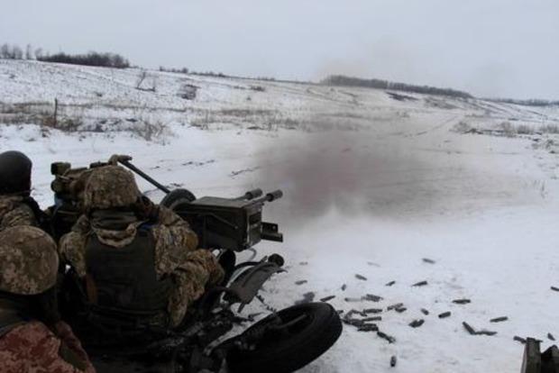 На Донбассе объявлено пасхальное перемирие