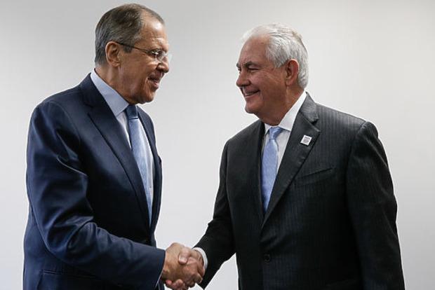 Тиллерсон и Лавров договорились продолжить встречи Волкера и Суркова
