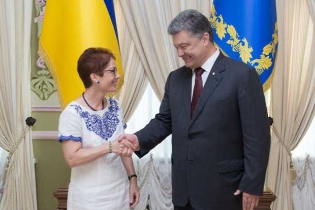 США ждут от Украины расследования подозрительных фактов, раскрытых в декларациях