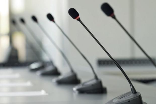 Комитет ВР по вопросам свободы слова требует вызвать главу ГФС Насирова в Раду