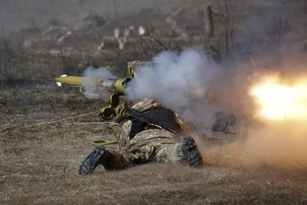 Вчера боевики более 40 раз обстреляли позиции сил АТО