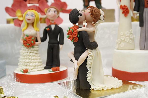 Астролог розповіла, на які дати не можна призначати весілля цього року