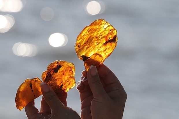 У сонячних каменях знайшли мільярди