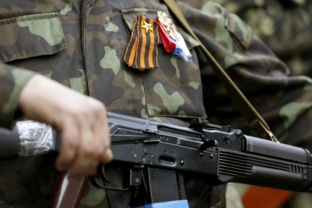 ФСБ вербует боевиков «ЛНР» для отправки в Сирию