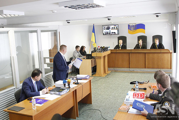 Суд вКиеве допросит Порошенко поделу огосизмене Януковича