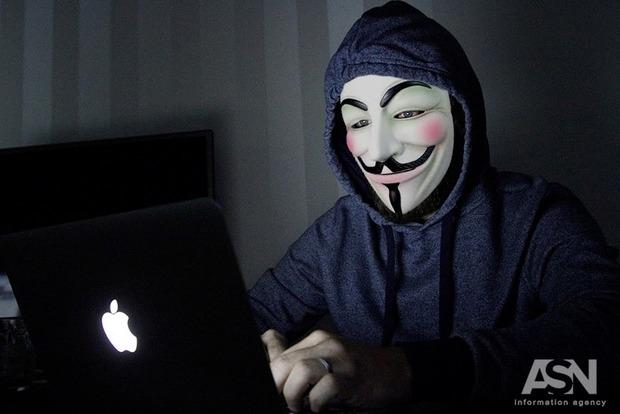 После того, как  СНБО предупредил о возможных хаккерских атаках у него перестал работать сайт