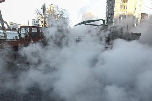 Авария в Киеве. Без тепла остались дома, школа и больница