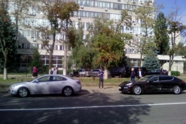 «Евробляхи» устроили в Киеве погоню с перестрелкой: двое раненных