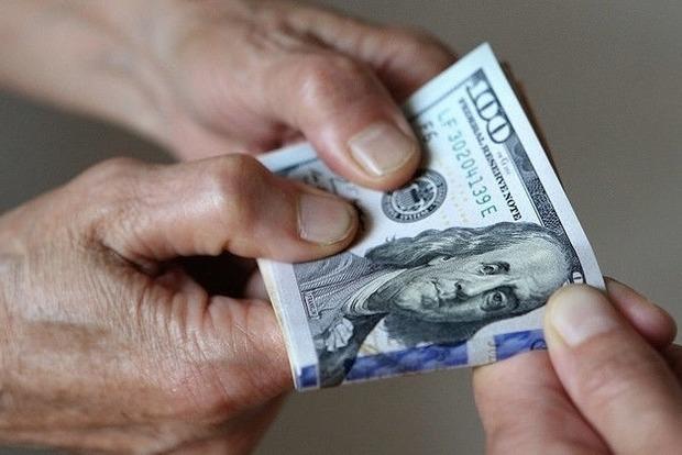 Путин подписал закон о запрете денежных переводов из России зарубежными платежными системами