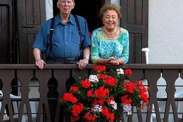 В Венгрии призывают отменить пенсии выходцам из России и Украины