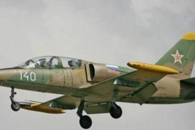 Россияне выловили из Азовского моря обломки военного самолета Л-39