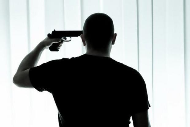 В Киеве застрелился восьмиклассник