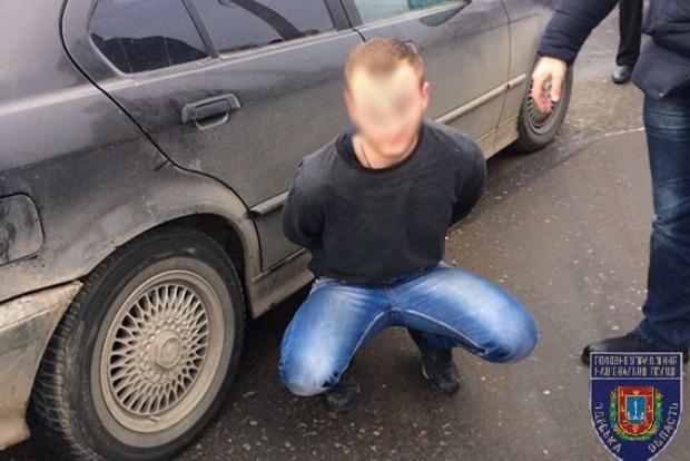 В Одессе со стрельбой задержали убийцу, который сбежал из киевского суда