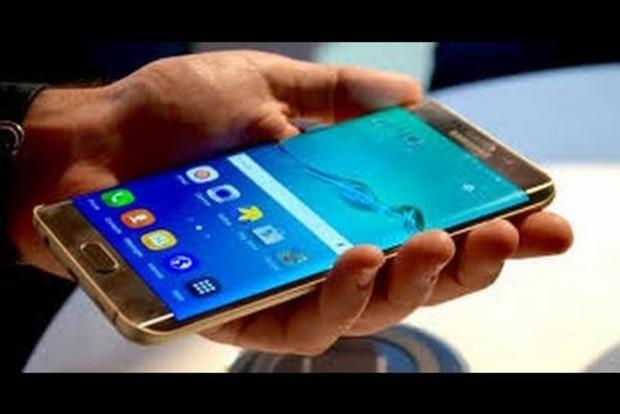 Смартфоны Samsung отправляют личные