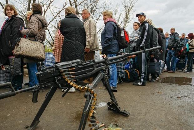 Боевики ограничили поездки жителей из Луганска