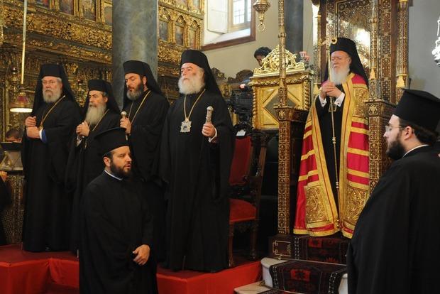 Рада просит у Вселенского патриархата автокефалии для украинской церкви