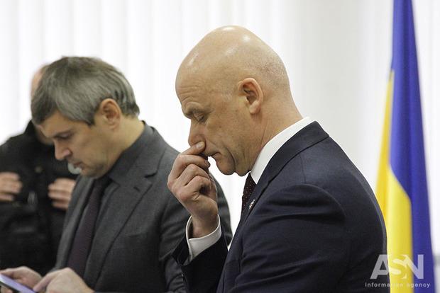 Труханов на суде заявляет, что он офицер и никогда не убегал