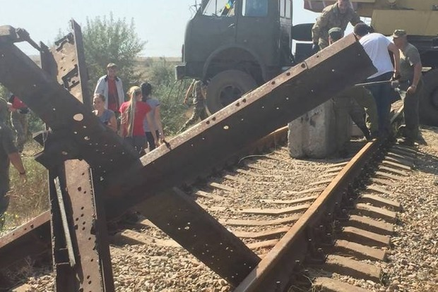 Из-за блокады Крыма завод Фирташа оказался на грани полной остановки