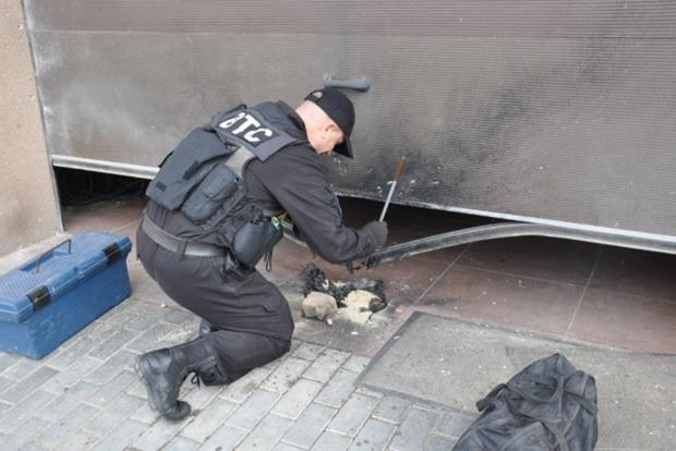 В Николаеве около жилого дома взорвали гранату