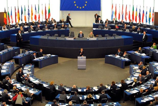 Европарламент не видит оснований для отмены санкций против РФ