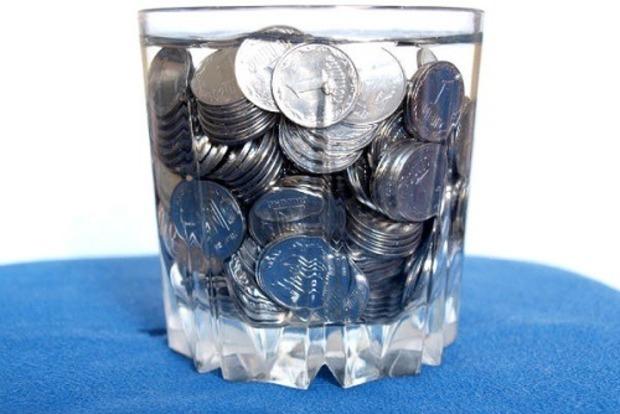 Що таке грошова вода: як приготувати і залучити багатство в будинок