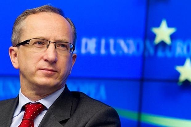 Посол ЕС предложил Украине задуматься о новой Конституции