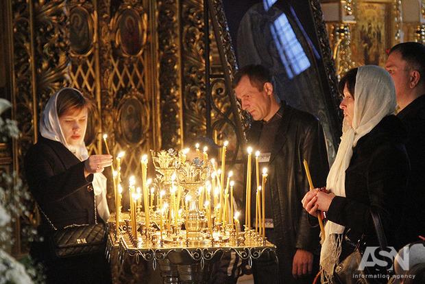 Взрывоопасная тема: соцсети отреагировали на создание в Украине единой православной церкви