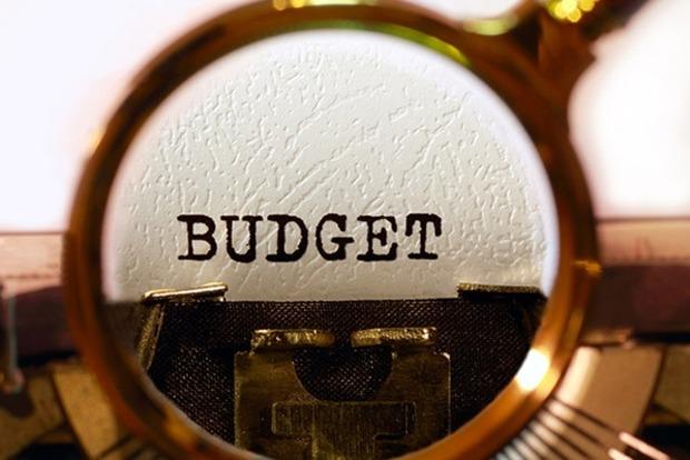 Повышение пенсии является непосильной ношей для бюджета - эксперт