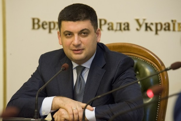 Премьер поведал о новоиспеченной коррупционной схеме, которой подыгрывают в различных органах власти