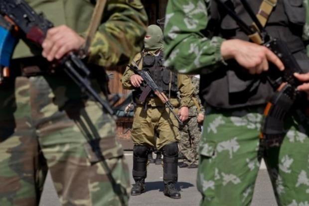 Командование РФ планирует покрыть некомплект войск на Донбассе за счет призыва местной молодежи
