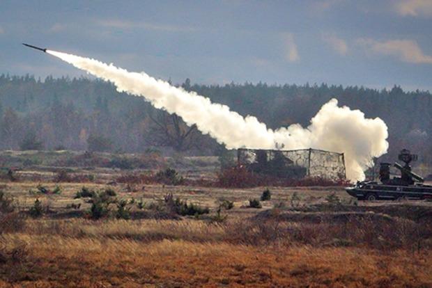 На юге Украины начались ракетные стрельбы, реакции от РФ пока нет