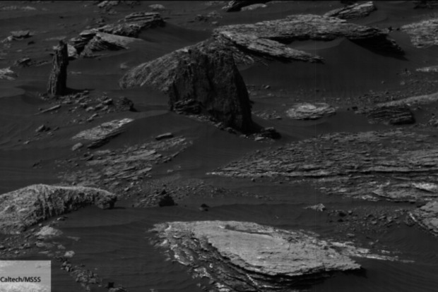 Уфологи нашли на Марсе руины инопланетного города